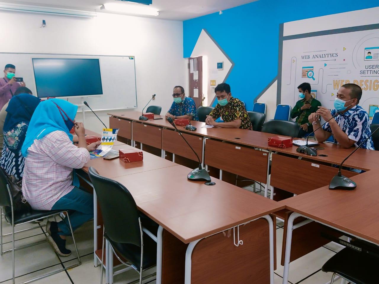 Berharap Bisa Perbaiki SDM dan Mindset Warga, Lurah Summarecon Kunjungi BBPLK Bekasi
