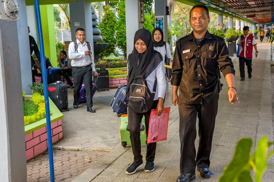 Kedatangan Siswa Boarding Tahap VIII
