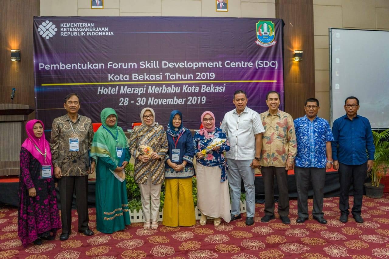 Pengukuhan Pembentukan Forum SDC