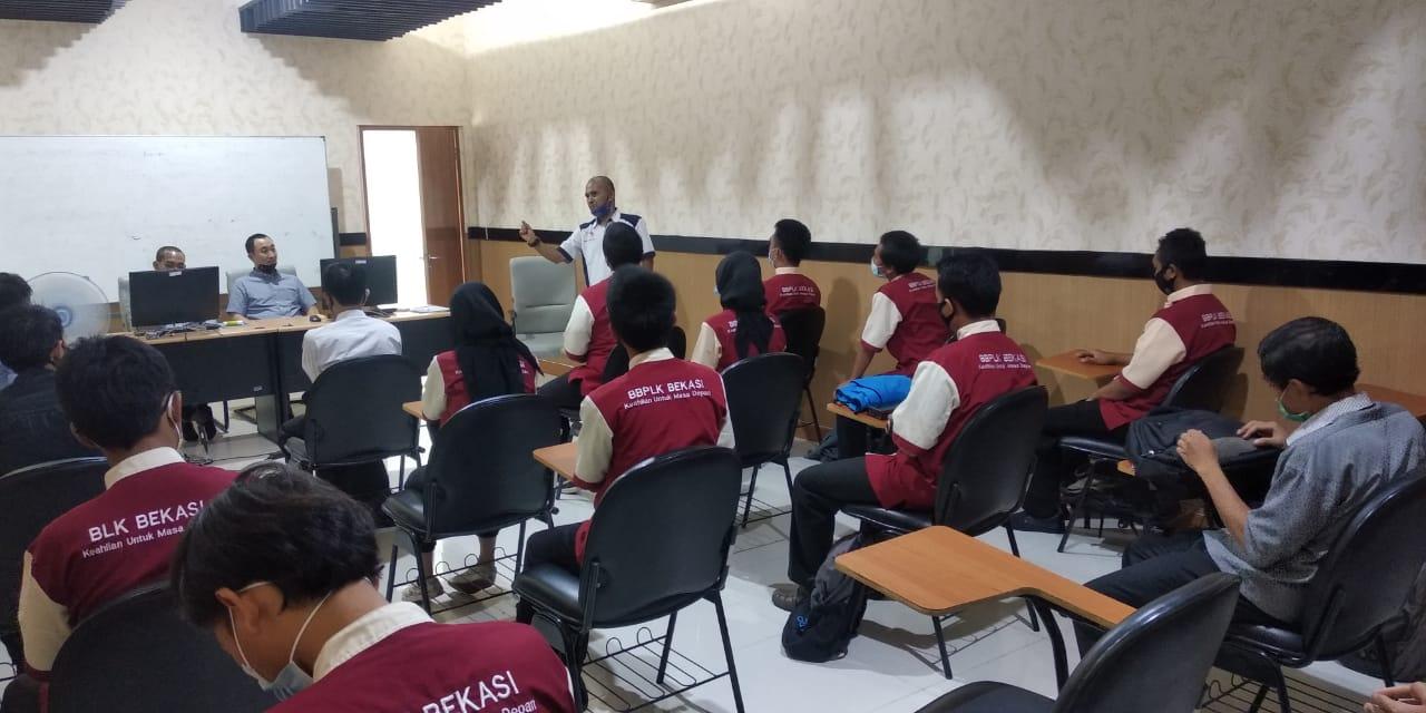 Senang dan Bangga, Meski di Masa Pandemi Tetap Bisa Salurkan Alumni untuk Bekerja