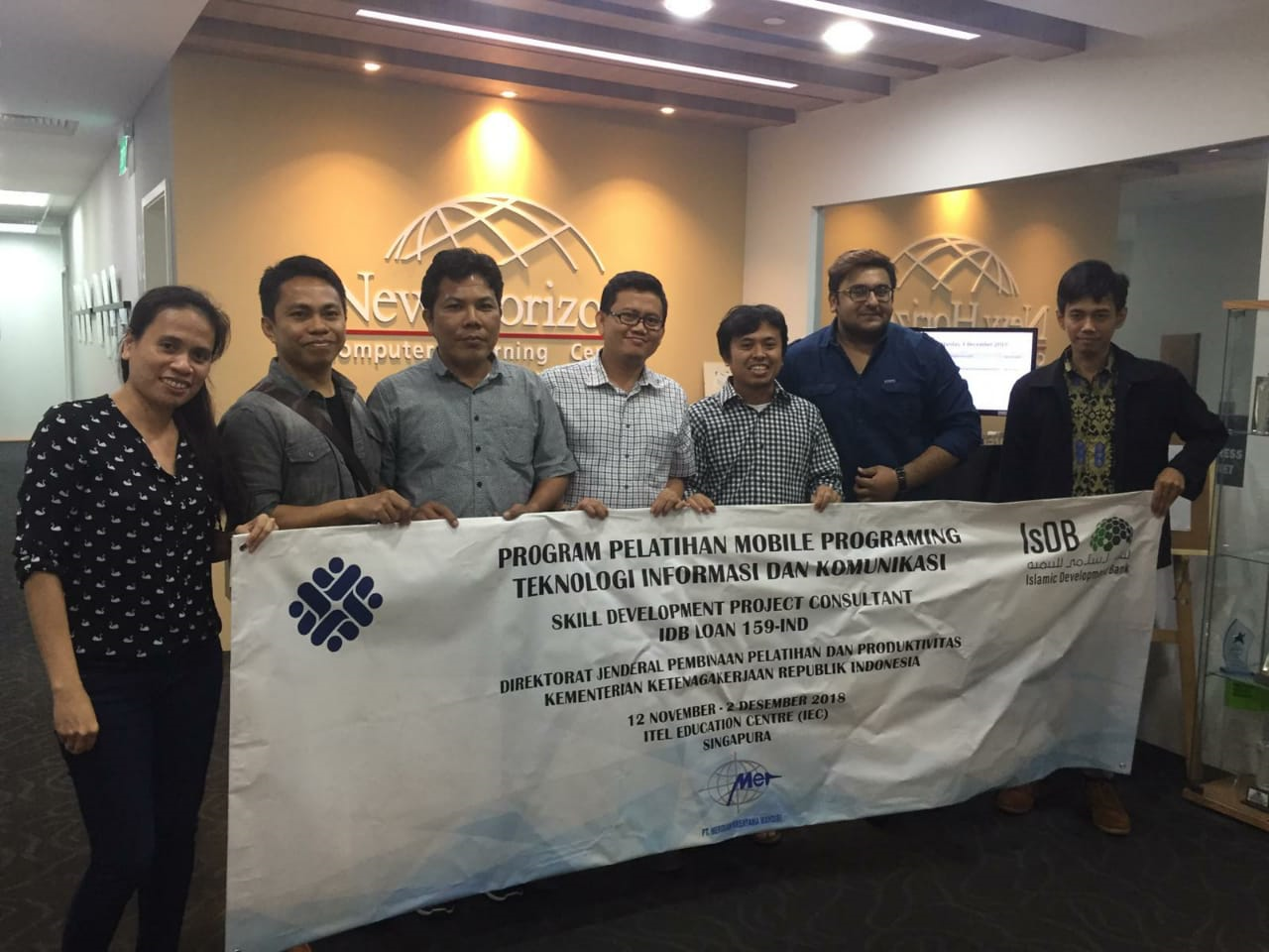 Pelatihan Mobile Programming  di New Horizons Computer Learning Center, Singapura